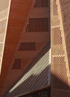 LSE Saw Hock Student Centre/ O'Donnell and Tuomey Architects © Alex Bland