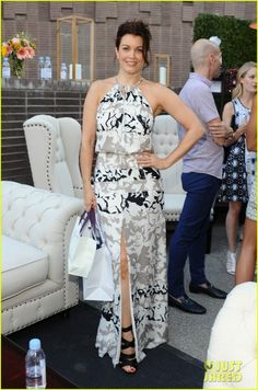scandal meet up katie lowes bellamy young darby stanchfield parker launch 09 It was a Scandal reunion yesterday at the Launch of Parker on Spring - Katie Lowes, Bellamy Young, and Darby Stanchfield all met up at the event held at The A List…