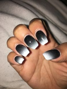 Black and white ombré nails