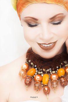 Accesorios Vizcaíno-fotografía PRADASUR Jewelry, Fashion, Accessories, Jewellery Making, Moda, Jewerly, Jewelery, Fashion Styles, Jewels