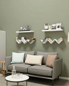 mensole-moderne-design Decor, Furniture, Room, Shelves, Floating Shelves, Floating, Apartment, Home Decor, Couch
