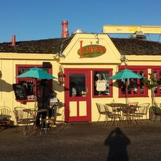 Loulou's Griddle In the Middle - Monterey, CA, United States. Tiny wonderful place...don't miss dining here!