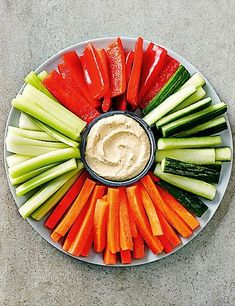 New Ideas Wedding Food Buffet Bbq Recipes For food platters New Ideas Wedding Food Buffet Bbq Recipes For Wedding Buffet Food, Party Food Buffet, Party Food Platters, Cold Party Food, Snacks Für Party, Luau Party, Christmas Buffet, Christmas Party Food, Party Food Order