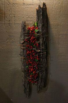 Bark / berry object # floral arrangement holy bark / berry object – Famous Last Words Deco Floral, Arte Floral, Floral Design, Christmas Floral Arrangements, Flower Arrangements, Wood Painting Art, Wood Art, Flower Decorations, Christmas Decorations