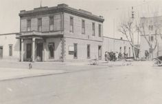 In the early days, the library was on the 2nd floor of City Hall. Photo credit: Arizona Daily Star