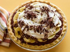Chocolate Banana Cream Pie: Rachael uses a frozen pie shell and instant pudding to get this easy dessert together in just 22 minutes.