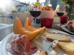 one of my favorite dinners ever - on the rooftop of the Hôtel des Francs Garçons in St-Sauvant (near Poitiers in the Charente-Maritime department)