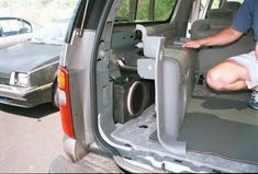 Upgrading the stereo system in your Chevrolet Tahoe/Suburban or GMC Yukon/Yukon XL Custom Silverado, Custom Chevy Trucks, 2000 Gmc Yukon, Chevy Tahoe Interior, Yukon Truck, Chevy Tahoe Z71, Overland Truck, Yukon Denali, Chevy Trucks