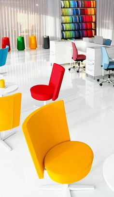 Office furniture, Task chairs, Desking - Kinnarps provide interior workspace solutions for offices and public environments. Effective Meetings, Floor Chair, Offices, Flooring, Pop, Poster, House, Furniture, Ideas