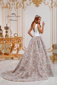 Suknie ślubne Kraków Formal Dresses, Wedding Dresses, Jasmine, Empire, Fashion, Dresses For Formal, Bride Dresses, Moda, Bridal Gowns