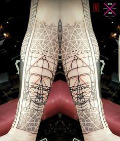 DNA.ink Tattoo Studio. Denia. Alicante. Arm in Process. Valencia. Spain. Bohemian Tattoo Style. Art. Lines. Geometric. Dotwork. Sacred Geometry. Buddha. Sei