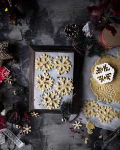 Snowflake cookies by delisciousbites . https://www.bufetout.ru/catering/furshet/furshetnoe-menu-zakaz/ - Кейтеринг Тим - Google+
