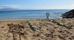 Napili Bay Beach Wedding by Hawaii Weddings by Tori Rogers Www.hawaiianweddings.net