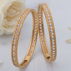 Plain Gold Bangles jewellery for Women by jewelegance. Plain Gold Bangles, Gold Bangles Design, Indian Gold Bangles, Gold Jewelry Simple, Gold Wedding Jewelry, Bridal Jewelry, Fancy Jewellery, Diamond Jewellery, Coin Jewelry