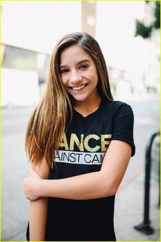 Maddie & Mackenzie Ziegler Promote 'Dancer Against Cancer' Tee in New Campaign