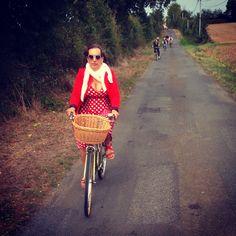 #anjouvintage #avv18 #avv17 #pinup #anjouvintage #velo #bike #bikegirl
