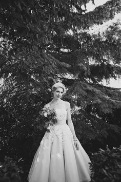Photography: Diamond Cake Photography - diamondcake.ca Floral Bouquets: Kuhlmann\'s Market Gardens - kuhlmanns.com/  Read More: http://stylemepretty.com/2013/03/25/alberta-barn-wedding-from-diamond-cake-photography/