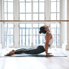 Do This 15-Move Yoga Flow Before Bed for the Best Night's Sleep of Your Life