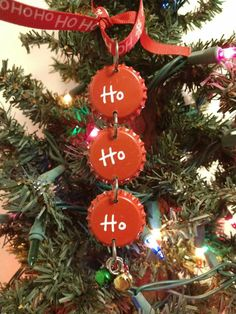 Unique Christmas Tree Ornaments Ideas You Need to Have Unique Christmas Trees, Christmas Tree Themes, Noel Christmas, Christmas Gifts For Kids, Homemade Christmas, Christmas Wreaths, Christmas Ornament Crafts, Santa Ornaments, Holiday Crafts