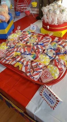 The cookies at this Circus / Carnival birthday party are so much fun ! The cookies at this Circus / Carnival birthday party are so much fun ! Dumbo Birthday Party, 18th Birthday Party Themes, Circus Birthday, First Birthday Parties, Circus First Birthday, Birthday Games, Birthday Ideas, Carnival Party Foods, Circus Carnival Party
