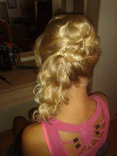 #hair #blond #účes #Claire #Klárka