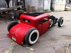 Ford : Model A coupe. Red? Yes, please...