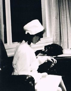 https://flic.kr/p/pMWmap | Krankenschwester der DDR Psychiatrie,GDR Nurse Psychiatry | Psychiatriemuseum