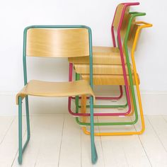 Love these stackable chairs.
