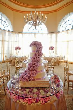 Fabulous Wedding Cake Table Ideas Using Flowers | Photographer: Aaron Delesie
