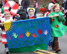 Girl Scout christmas floats | Wareham Girl Scouts Daisy troop dressed festively! (Photo by: Jaime ...