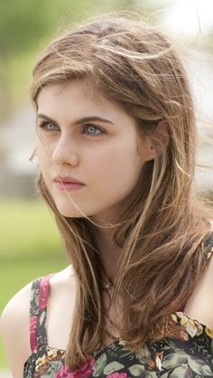 Pictures of Alexandra Daddario, Picture Alexandra Anna Daddario (born March is an American actress and model best known for playing Annabeth Chase in the Percy Jackson film series and Blake in San Andreas. Alexandra Daddario True Detective, Alexandra Anna Daddario, Carla Gugino, 50 Most Beautiful Women, Beautiful Eyes, Beautiful Celebrities, Beautiful Actresses, Matthew Daddario, Olivia Wilde