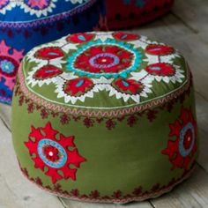 Gypsy caravan pouf