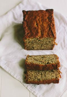 banana bread | the vanilla bean blog. this bread was great!  i sub'd fat free ricotta cheese instead of the sour cream and it was FABULOUS!