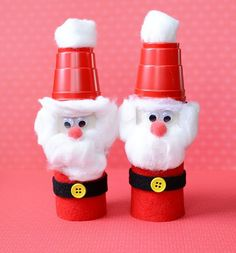 Your kids can make these sweet little santas from cotton balls and toilet paper rolls! Easy 'n' cute!