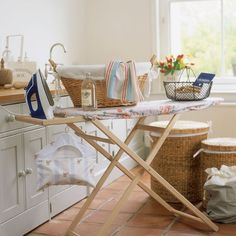 Country cottage utility room | Utility room decorating | housetohome.co.uk