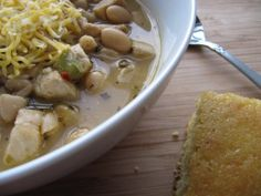 Slow Cooker White Chicken Chili - I have some boneless/skinless thighs. I think I'll make this for tonight.