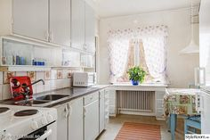 kök,funkis,byggnadsvård,köksluckor