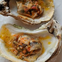 Grilled (or Broiled) Oysters with a Sriracha Lime Butter recipe on Seafood Dishes, Fish And Seafood, Seafood Recipes, Appetizer Recipes, Appetizers, Broiled Oysters Recipe, Grilled Oysters, Grilled Seafood, Sushi Recipes