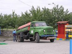 BUCEGI, Romania Commercial Vehicle, Old Trucks, Eastern Europe, Romania, Cars And Motorcycles, Classic Cars, Automobile, Monster Trucks, Tv