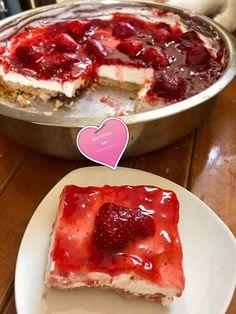 Τσιζκέικ Θεικό !!! ~ ΜΑΓΕΙΡΙΚΗ ΚΑΙ ΣΥΝΤΑΓΕΣ Greek Sweets, Greek Desserts, Cheesecake Recipes, Cheesecakes, I Foods, Sweet Recipes, French Toast, Sweet Home, Food And Drink
