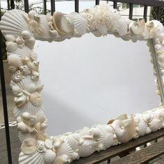 Grandioso Beach Decor - Large Seashell Mirror - coastal/nautical/sea shell/seashells/sea shells/beach house Beach Decor - Large Seashell Mirror - co. Seashell Bathroom, Seashell Art, Seashell Crafts, Beach Crafts, Diy Home Crafts, Seashell Frame, Seashell Display, Coral Centerpieces, Seashell Projects