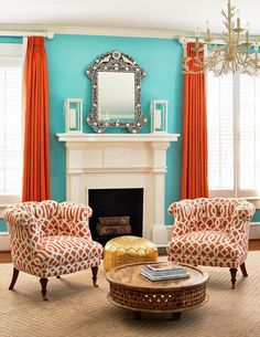 Holly Hollingsworth Phillips. Aqua and coral sitting room