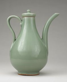 Celadon Ware, Longquan Kilns. 14th Century. Chinese Celadon Ware From the Percival David Collection at the British Museum.