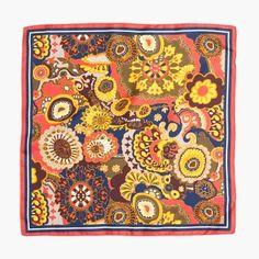 5353ad5ac701 Italian silk scarf in fall floral Jakkesæt Til Mænd