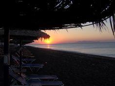 santorini perissa #sunrise
