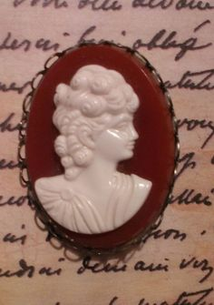 Vintage Cameo Bakelite Brooch White/Ivory by ArtsyMysticDesigns, $19.00 Synthetic Resin, Novelty Items, Fun Things, Brooches, Ivory, Jewels, Jewellery, Antiques, Vintage
