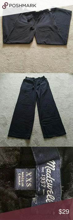 Madewell Pants Perfect for warm weather, these lightweight pull on trousers feature tassel tie, sidepockets, and a gauzy feel. Excellent condition Madewell Pants