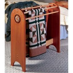 Shaker Quilt Stand Woodworking Plan from WOOD Magazine Learn Woodworking, Woodworking Workshop, Woodworking Furniture, Woodworking Projects Plans, Teds Woodworking, Woodworking Magazine, Woodworking School, Wood Projects For Beginners, Diy Wood Projects