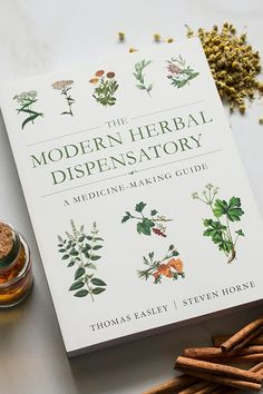 Modern Herbal Dispensatory: A Medicine Making Guide by Thomas Easley Healing Herbs, Holistic Healing, Medicinal Plants, Natural Healing, Herbal Medicine, Natural Medicine, Natural Home Remedies, Herbal Remedies, Health Remedies