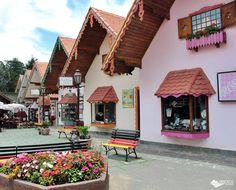 Emório Monte Verde, famosa galeria de compras em Monte Verde - MG.